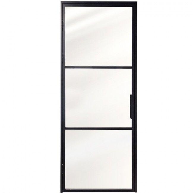 Stalen deurkozijn met deur
