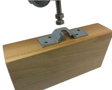 bevestigingsplaat schuifdeur om deur en roller met elkaar te verbinden - tbv M8 moer en boutkop