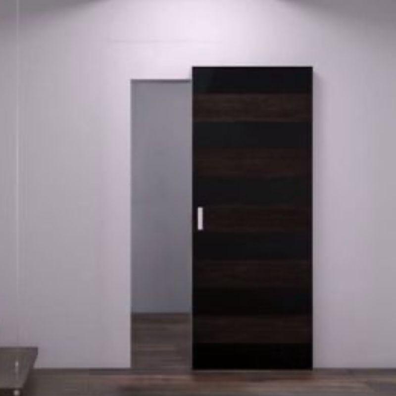 schuifdeur zwart voor wand onzichtbaar