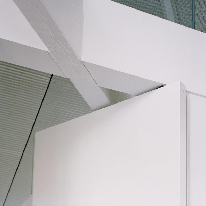 taatsdeur FritsJurgens witte deur